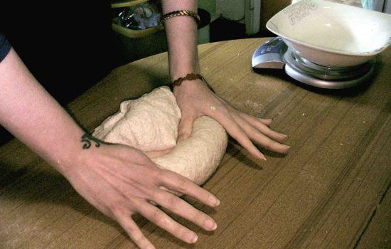 Come fare il pane con il lievito madre e la pasta madre