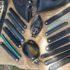 Cinture, borse e accessori realizzati con copertoni e camere d'aria
