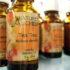 Tea tree oil: 4 rimedi contro brufoli e pelle grassa
