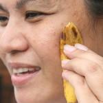 pulizia_del_viso_con_buccia_di_banana.jpg