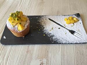 Crema pasticcera vegan, una delizia col mango