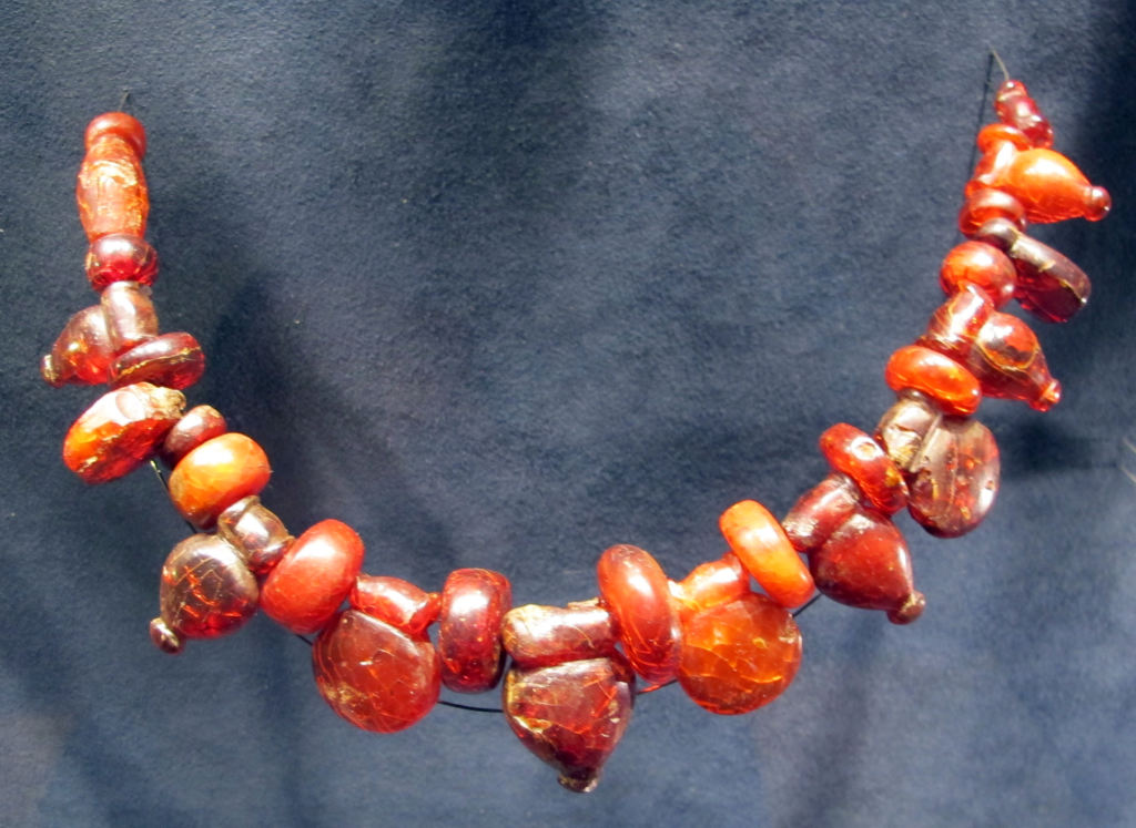 dentizione bambini la collanina d'ambra