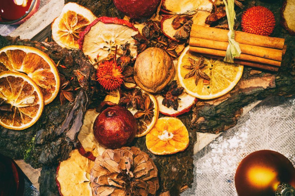 Addobbi Natalizi Con Frutta le decorazioni di natale con frutta essiccata fatte in casa