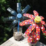 Giochi di plastica con bottiglie colorate