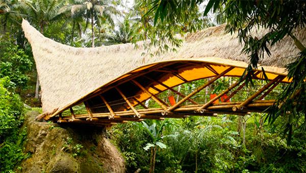 Metti il bamboo sul ponte!