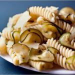 Ricetta_come_preparare_la_pasta_con_le_zucchine