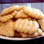 Ricette_dei_dolci_veloci_e_vegetariani_biscotti_al_burro_con_ricetta_classica