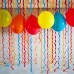 Riciclo_creativo_tante_decorazioni_colorate_per_la_festa_di_compleanno